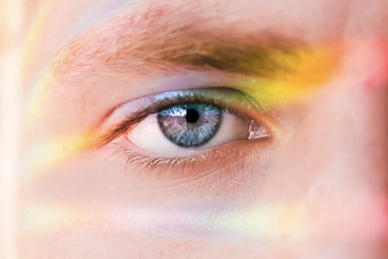 レクストで視力回復!角膜強じん化によりレーシック手術の欠点を克服?
